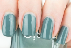 essie-Vested-Interest-Fall-2013-Collection-2