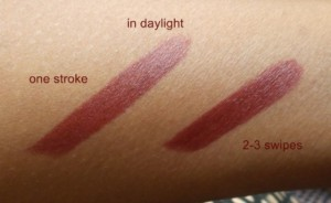 Maybelline-Superstay-14-hrs-Lipstick-Wine-and-forever-swatches-1